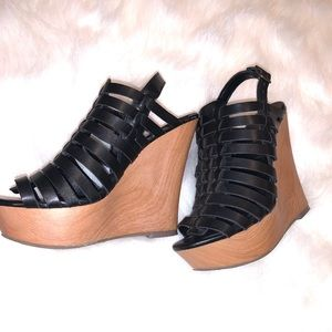Mossimo caged wedges
